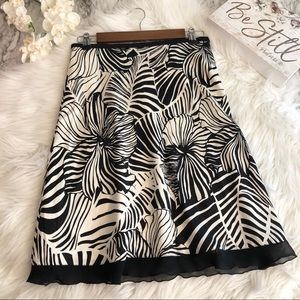 Tommy Bahama Silk Skirt Black White Floral, Size 2